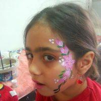 פרחים בציורי פנים