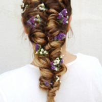 תסרוקת כלה עם פרחים