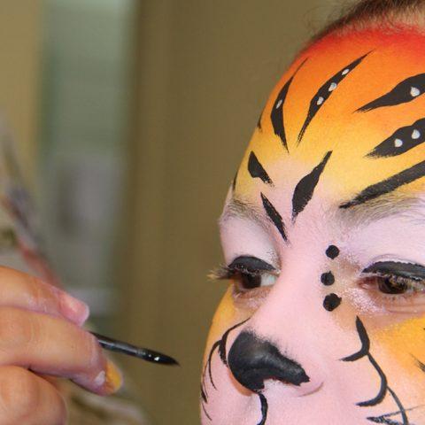 סדנאות ללימוד ציורי פנים